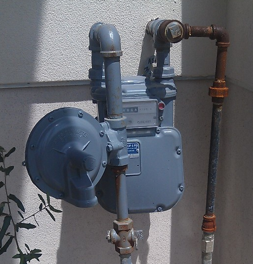 propane hook up to house